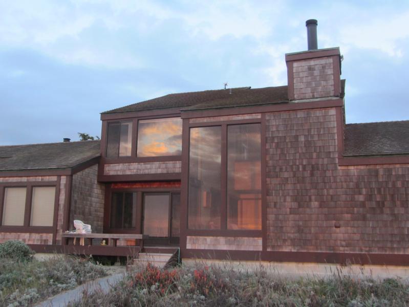 Monterey Dunes - Magnificent 3BR/3BA Monterey Bay Beach House - Monterey - rentals
