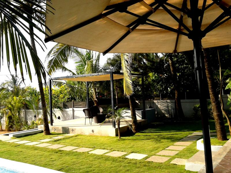 Outdoor Dining - 5am Somewhere - Nandini, Candolim, Goa - Goa Velha - rentals