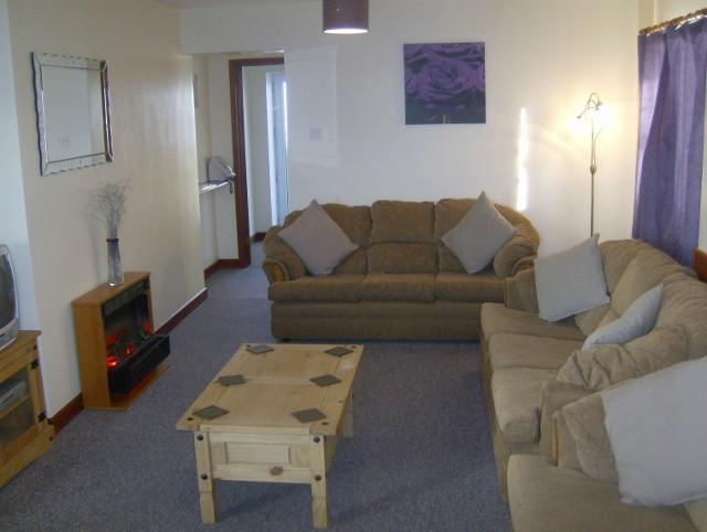 Living room spacious and homely - Sunnyside Beautiful Brecon Beacons Wales - Brecon - rentals