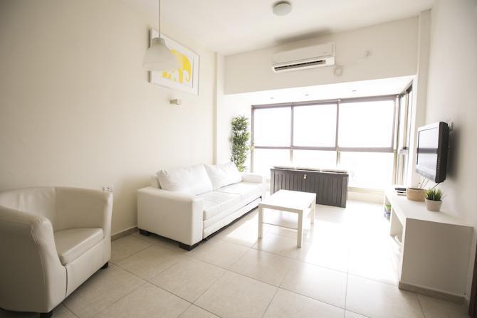 1st LivingRoom with sofa bed - Hot Spot 3b Apt in North Ben Yehuda - Gedera - rentals