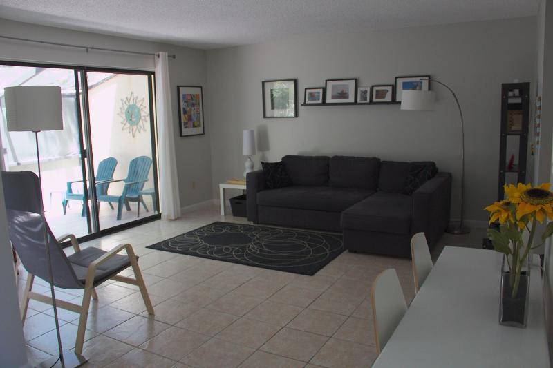 living room - St. Augustine Florida Beach Townhouse - Saint Augustine Beach - rentals