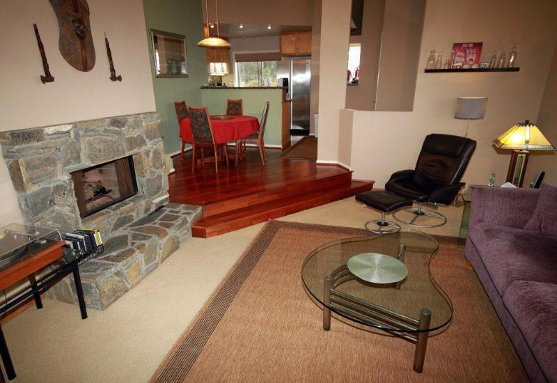 Living room - Penthouse Near Sea World - Pacific Beach - rentals