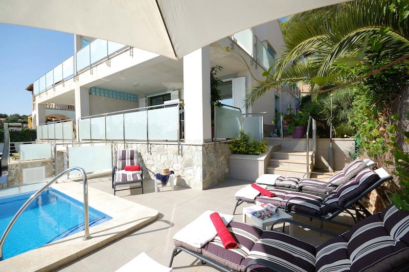 Beautiful villa with pool, near sea & golf, WLAN - Image 1 - Puerto de Alcudia - rentals