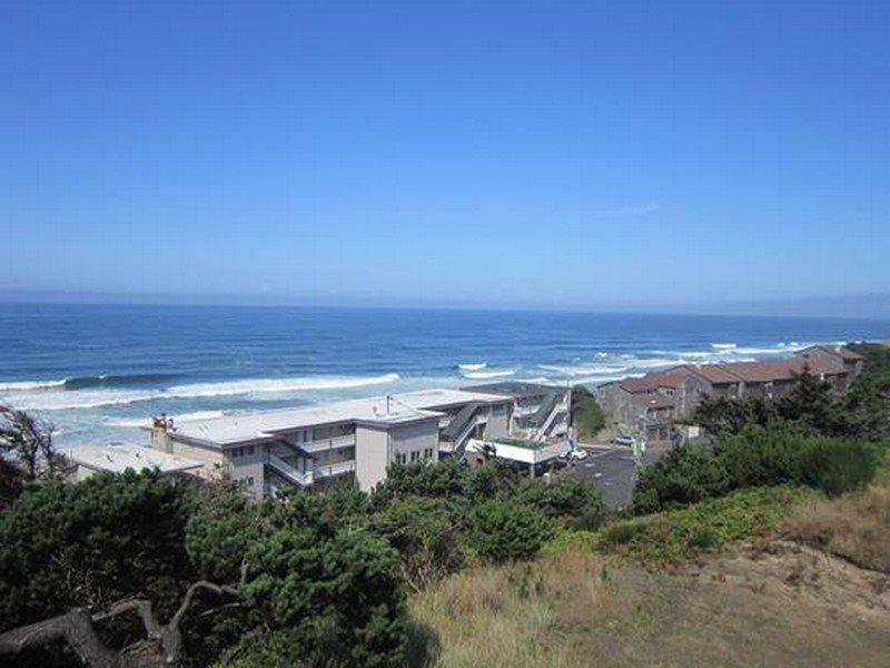 Ocean Sapphire - 3rd Level - Balcony View - OCEAN SAPPHIRE - Lincoln City - Lincoln City - rentals