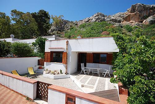 Casa Vacanze IL MELOGRANO - Image 1 - San Vito lo Capo - rentals