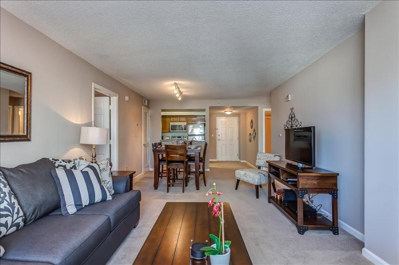 Stay Alfred 100 Walk Score and Amazing Dining CM1 - Image 1 - Nashville - rentals