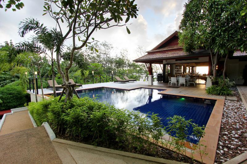 Swimming pool, Garden - P1-Vanda, L'Orchidee Residences - Patong - rentals