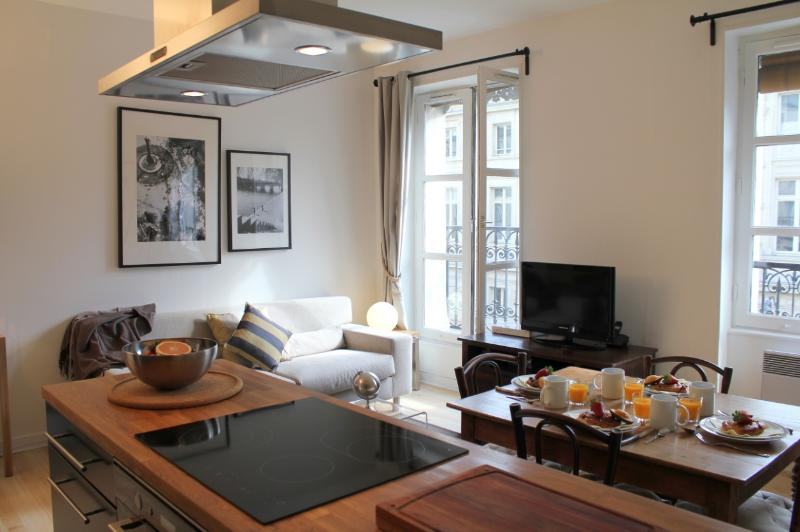 Living room - Marais Market 2 - Trendy Hotel de Ville 1 bedroom apartment - Paris - rentals