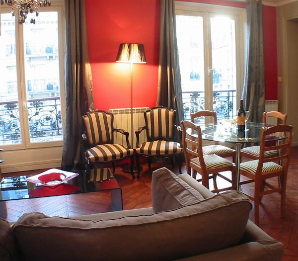 Living room - Marais Rouge - Inviting Hotel de Ville 1 bedroom apartment - Paris - rentals