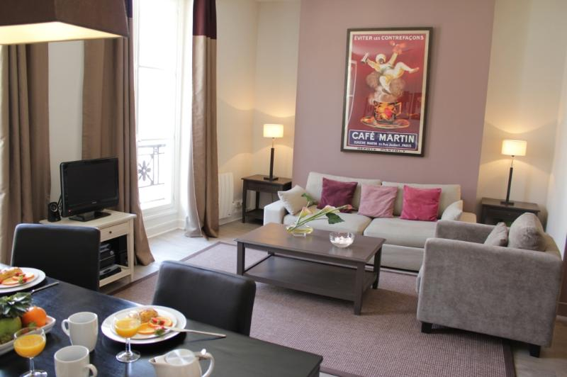Marais Exclusive - Place des Vosges 1 bedroom apartment - Image 1 - Paris - rentals