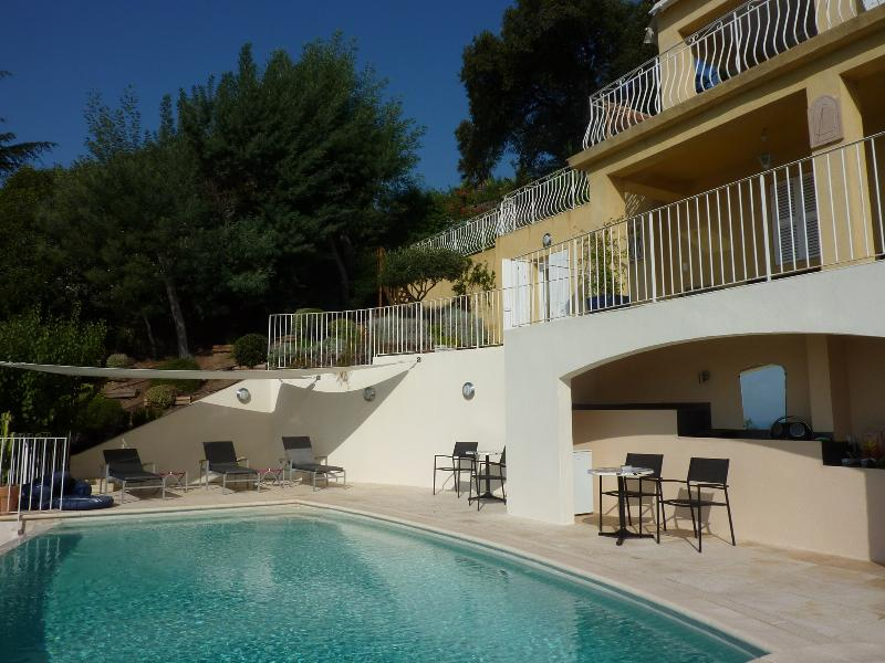 5 Bedroom Villa with a Hot Tub, in Rayol Canade, French Riviera - Image 1 - Le Rayol-Canadel - rentals