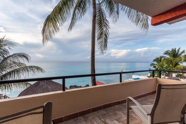 Villa Loyd - Breathtaking Views, Bicycle to Town - Image 1 - Cozumel - rentals