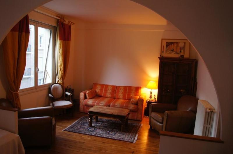 Suite Grande Armée - Champs Elysées area - Image 1 - Paris - rentals
