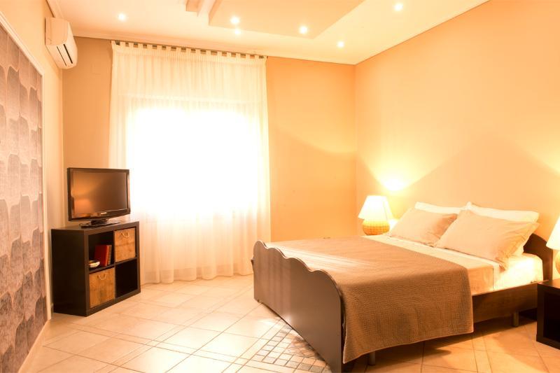 Casa Chicco apartment/condo recentely renovated - Image 1 - Sorrento - rentals