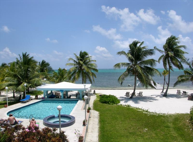 breezy ocean view from your balcony - 2 bedroom condo with loft on private beach! -A1 - San Pedro - rentals