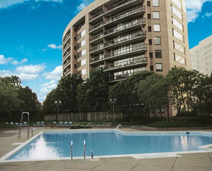 Apartment Complex - DC Area Apartment Near Metro (Crystal City) - Arlington - rentals
