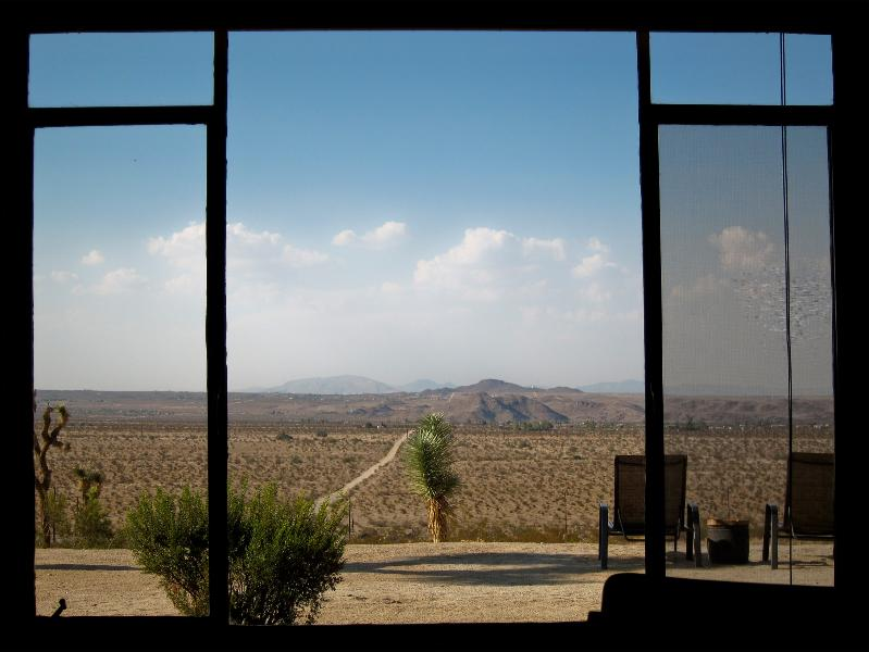 View from living room - CHICKASAW HOMESTEAD incredible views, on 5 acres - Joshua Tree - rentals