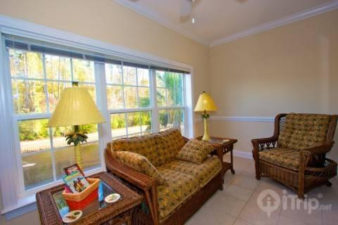 Tupelo Bay Honey!  Perfect 3br at Golf Course, Quick Beach Shuttle, Free Golf Included - Image 1 - Surfside Beach - rentals