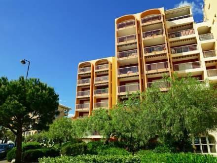 Le Capitole ~ RA42647 - Image 1 - frejus - rentals