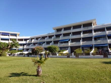 Le Flamant ~ RA26305 - Image 1 - Port Camargue - rentals