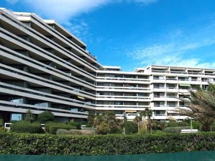 Les Terrasses du Levant ~ RA26877 - Image 1 - Canet-Plage - rentals