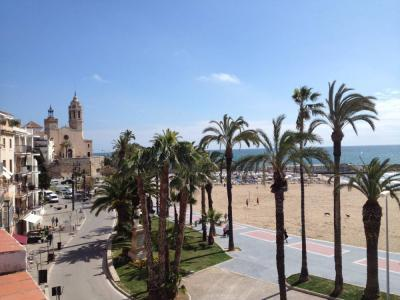 First line Town House - Image 1 - Sitges - rentals