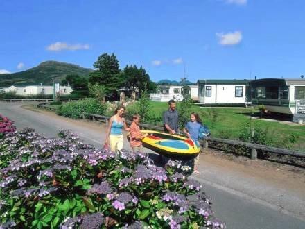 Caravan Greenacres ~ RA30111 - Image 1 - Porthmadog - rentals
