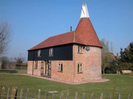 Kings Bank Oast House ~ RA30094 - Image 1 - Northiam - rentals