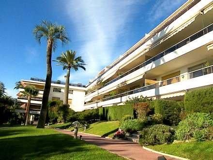 La Rose des Vents ~ RA29103 - Image 1 - Cannes - rentals