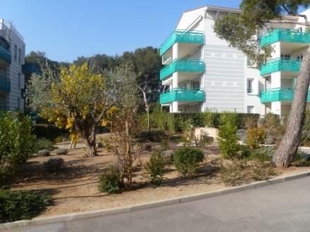 Les Jardins de Jade ~ RA28989 - Image 1 - Saint Raphaël - rentals