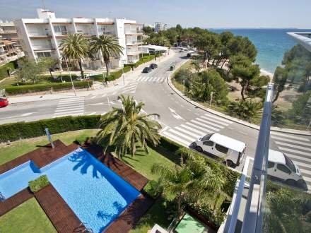 Edificio Panoramic ~ RA21341 - Image 1 - Miami Platja - rentals