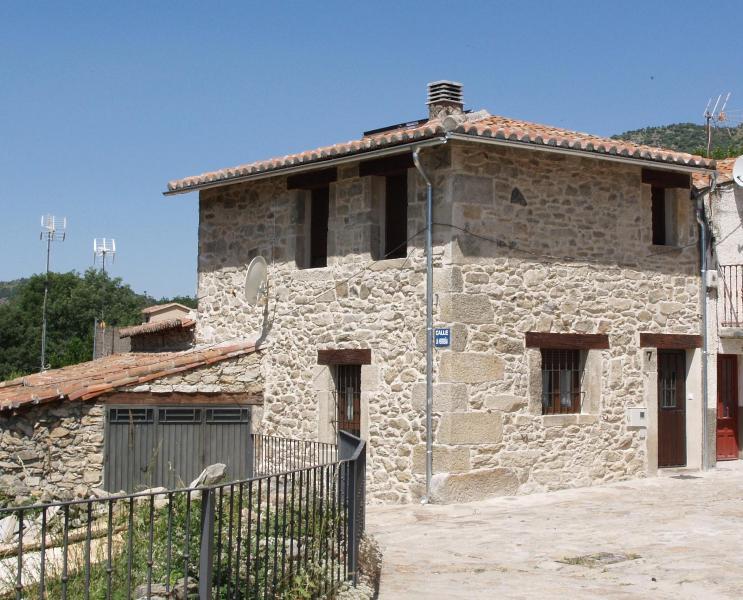 Country house in La Angostura (Avila) - Image 1 - Zapardiel de la Ribera - rentals
