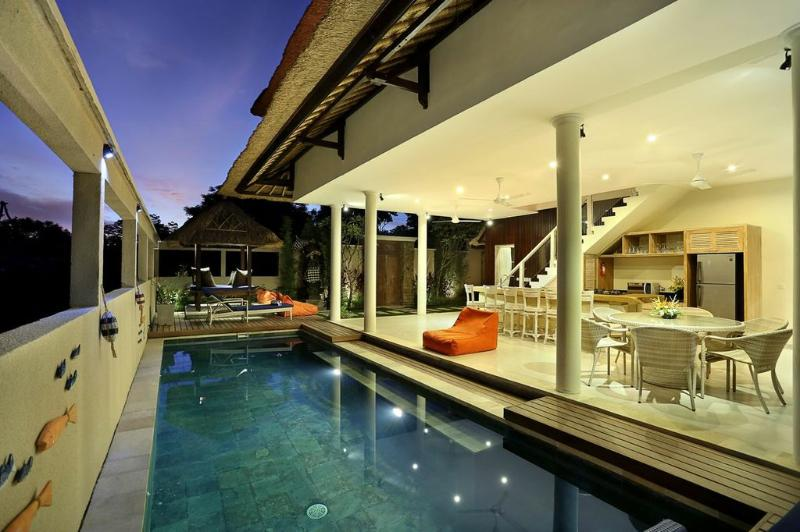 your private pool and entertainment area - Villa Bukit  Lembongan 2 - Nusa Lembongan - rentals