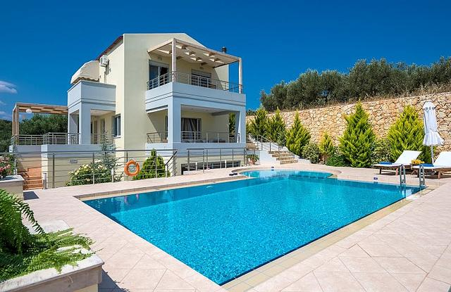 Exterior - Private Pool - A Luxury Villa to Rent, Sea View, Near Beach - Chania - rentals