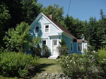 Blue House - Image 1 - Deer Isle - rentals