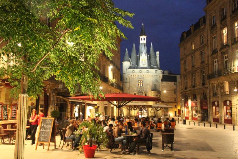 Just around the corner from the apartment are gourmet restaurants - 2 Bd Fairytale View and Elevator in Historic Heart - Bordeaux - rentals