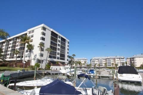 Harbor Towers Yacht & Racquet Club, Unit 203 (2 Week Minimum Stay) Siesta Key Boaters Getaway - Image 1 - Sarasota - rentals