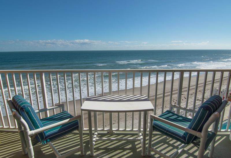 Private direct oceanfront balcony - Penthouse - Direct Oceanfront - Fully Renovated - Satellite Beach - rentals