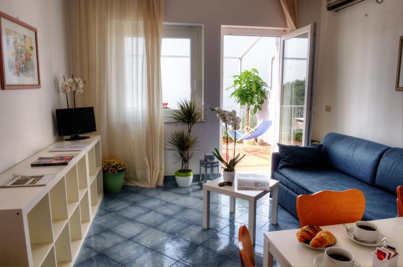 Living/Dining - Gocce di Capri - 2 Bedroom Apartment Superior - Massa Lubrense - rentals