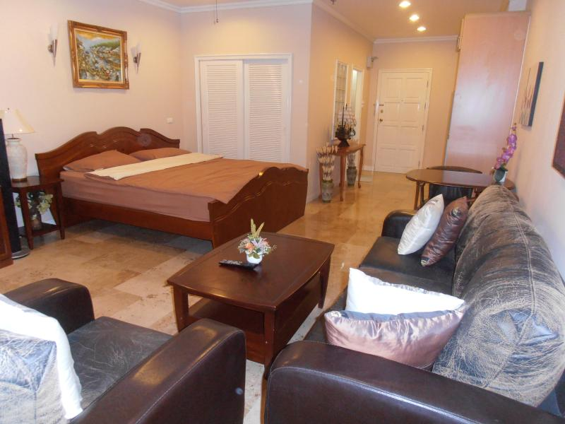 Main living area, bed - Pattaya Thailand Beautiful Studio Condo with Ocean - Sattahip - rentals