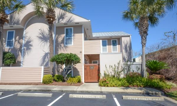 "Outside of Townhome - Beach Pointe  #1104 in Destin Florida Sleeps 6"" - Destin - rentals"