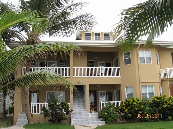 Second floor penthouse - Beachfront 3 bedroom Condo, San Pedro Belize - San Pedro - rentals