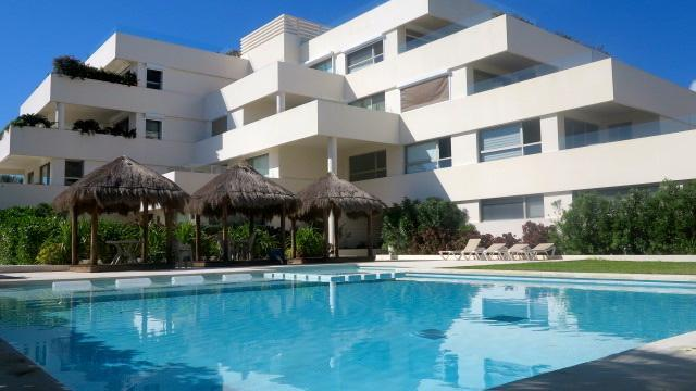 Condo - Paradise Found - Puerto Morelos  Beautiful Beach Condo only 100 steps from the beach - Puerto Morelos - rentals