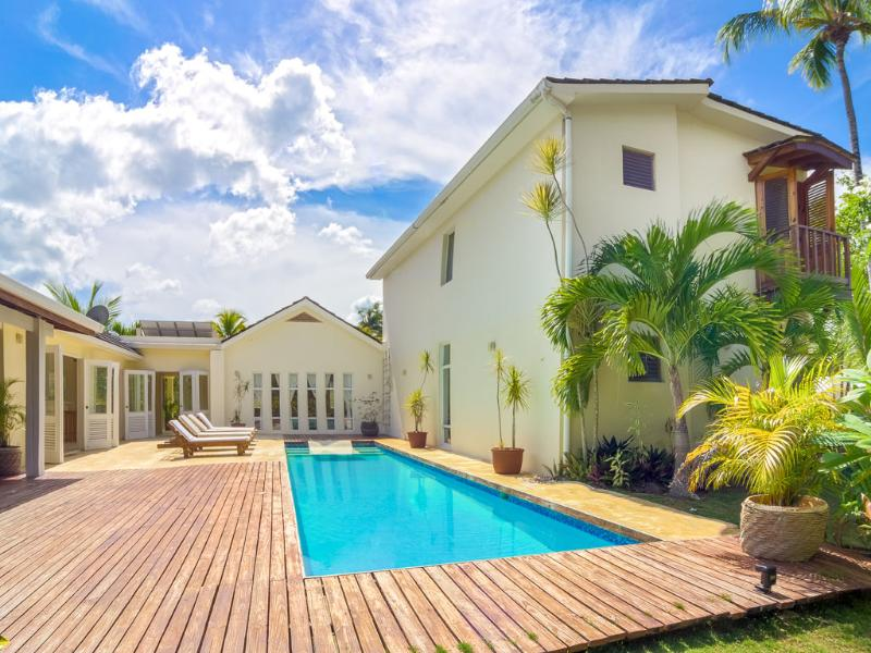 pool with extensive terraces - VILLA CELINE-tranquil -set in beachfront residence - Las Terrenas - rentals