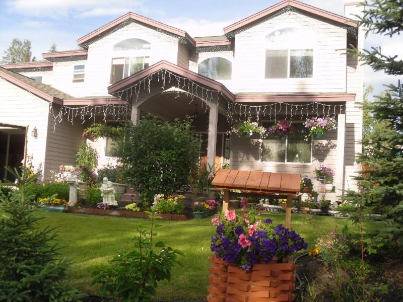 Hyatt Gardens, Bed and Breakfast, Anchorage Alaska - Hyatt Gardens Bed & Breakfast, Anchorage, AK. - Anchorage - rentals
