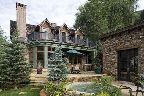 Hot Tub - Outside Kitchen - Grill - Large Yard - Guest House - Galena Estate - Exclusive Luxury 6 Bedroom - 7.5 Bathroom Town of Telluride Residence - Sleeps 12 - Private 12 Person Hot Tub - 5,800 Sq Ft Living Space - Sunnyside Downtown Telluride Location - Walk to Everything - Telluride - rentals