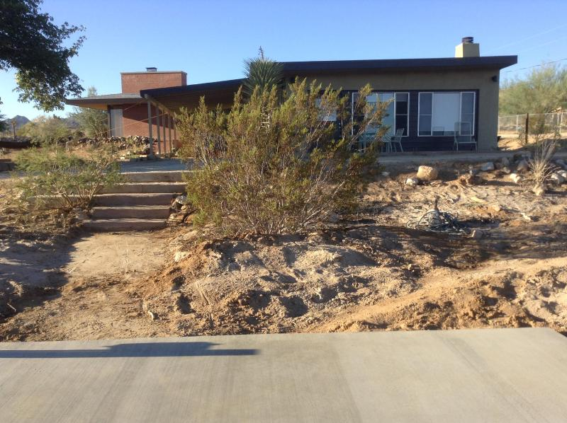 The Guest House. - Joshua Tree Modern Guest House - Joshua Tree - rentals