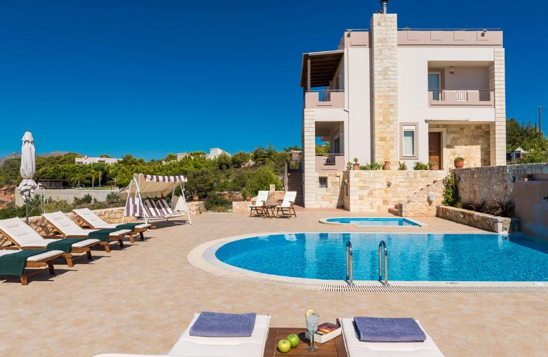 Exterior - Private Pool - 5 Bedroom Villa with Private Pool in Chania, Crete - Chania - rentals