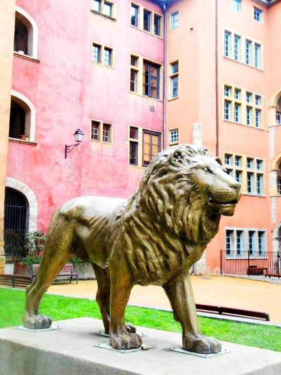 LA LOGE DES AVOCATS - Center & Old Lyon - Image 1 - Lyon - rentals