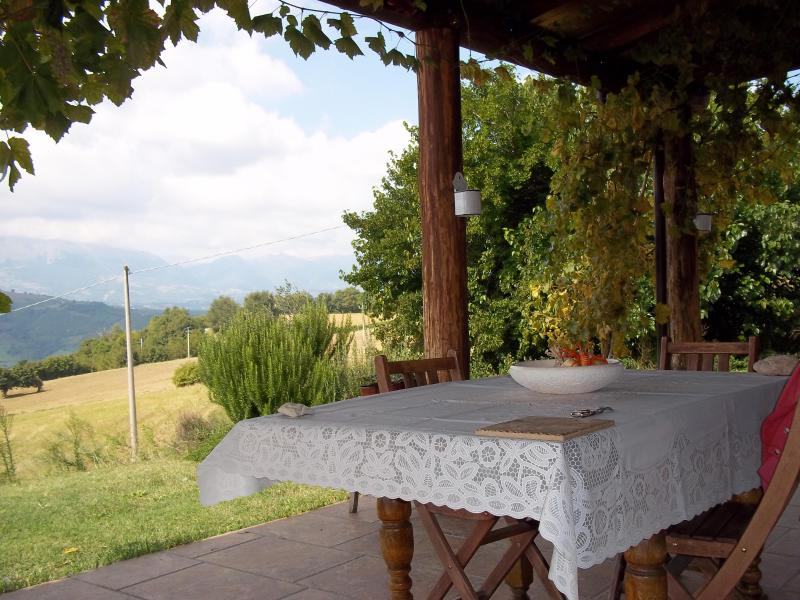 Views from the loggia - C18 stone farmhouse with panoramic mountain views - Castorano - rentals
